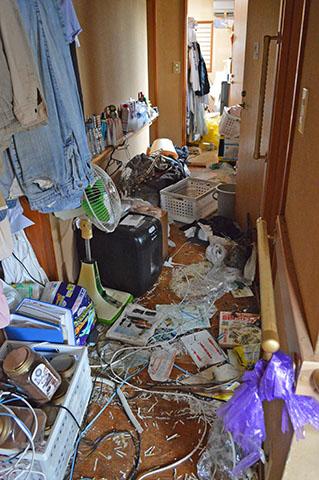 生前のものが残されたままのお部屋